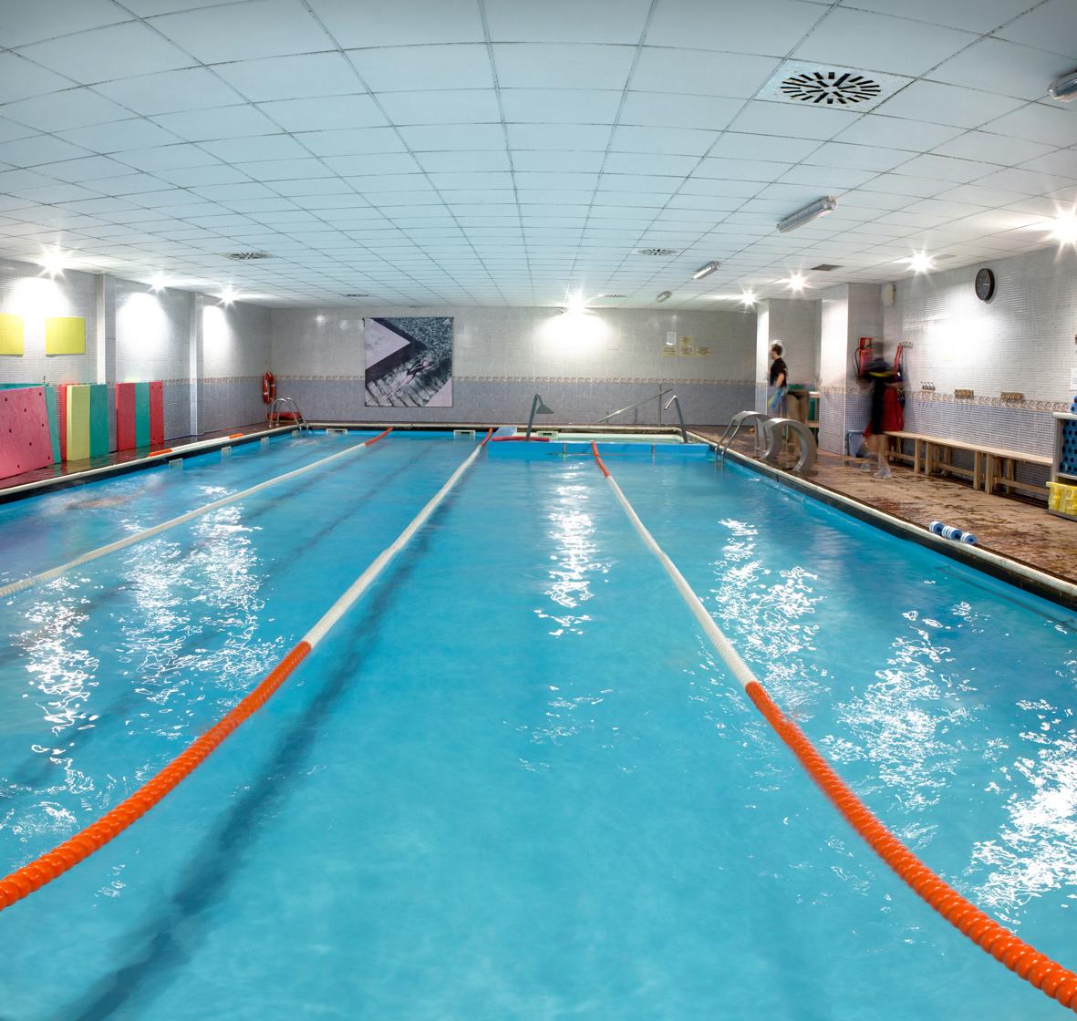 Galeria gimnasio zaragoza body factory for Gimnasio con piscina zaragoza